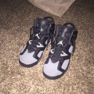 Jordan 6 size 5.5